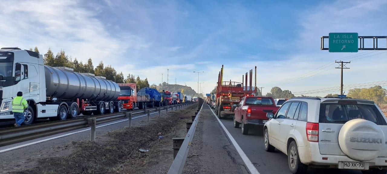 Manifestación de camioneros en el sector Duqueco de Los Ángeles deja gran congestión vehicular