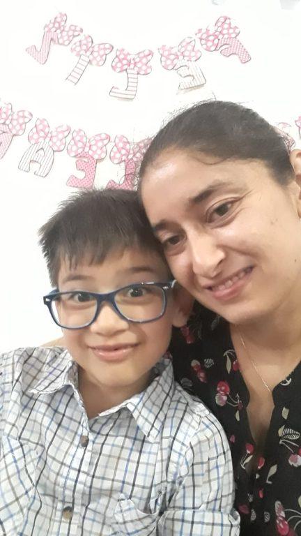 """""""Juntos por Alonso"""": niño de 7 años necesita más de 2 millones mensuales para tratar rara enfermedad"""