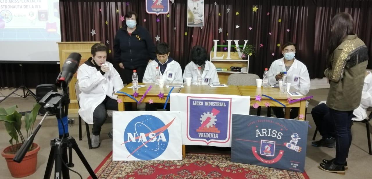 Primeros en Chile: estudiantes de colegios en Valdivia hablan con astronauta de la estación espacial