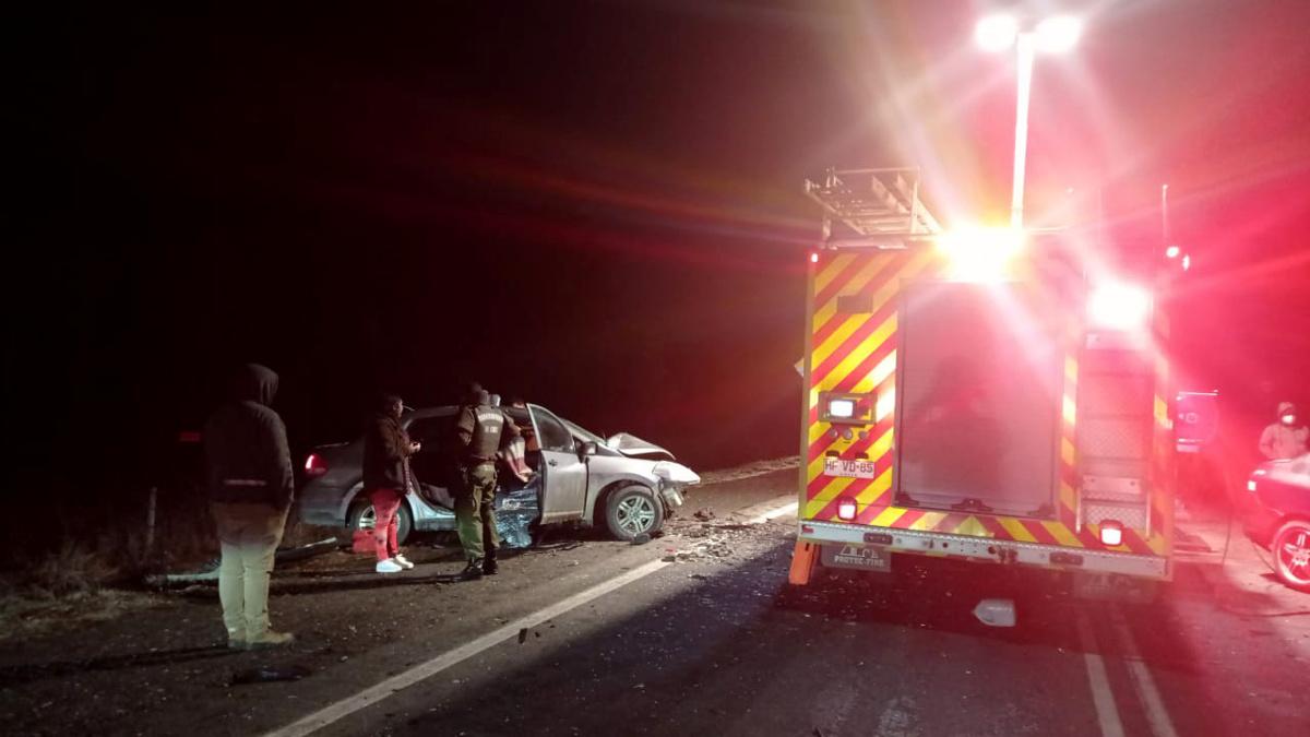 Accidente de tránsito deja 4 personas heridas y 2 muertos