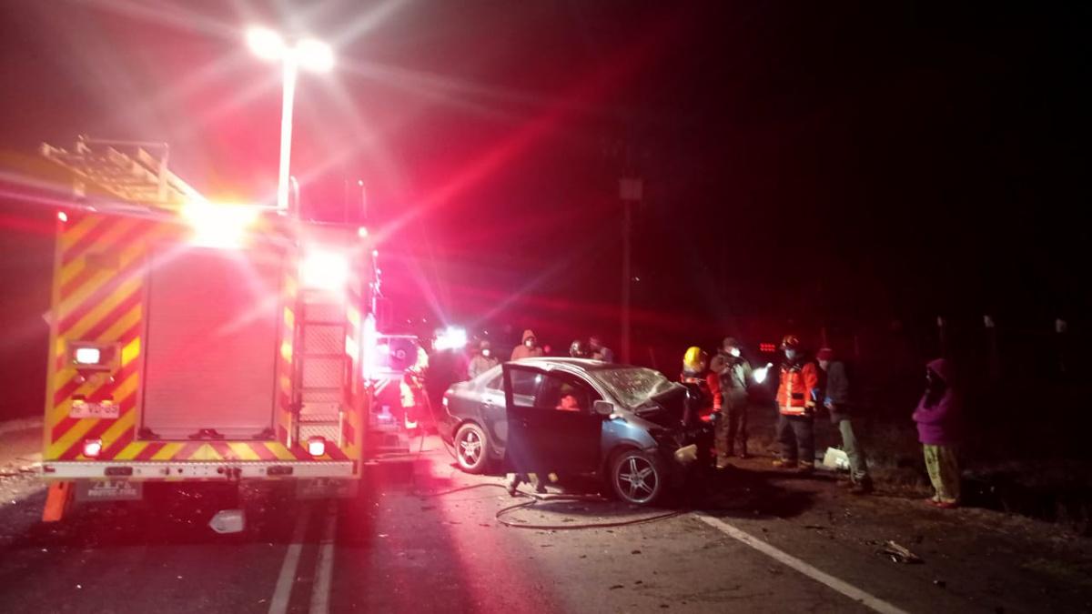 Grave accidente deja 2 muertos y ruta suspendida entre Villarrica y Loncoche