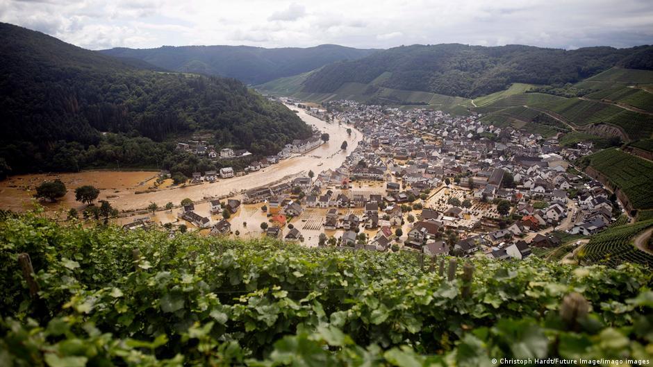 Inundaciones sumergen a Dernau en Alemania