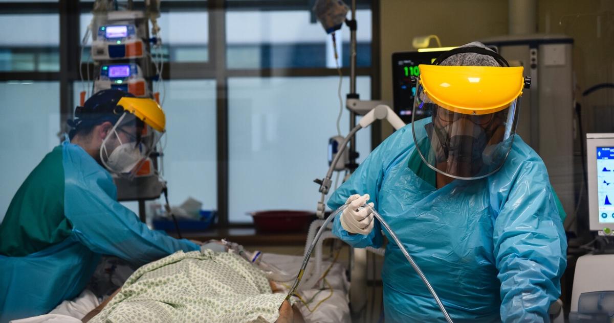 paciente covid en UCI