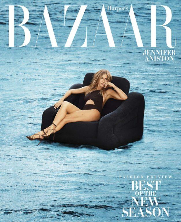 Jennifer Aniston posando para la revista Harper's Bazaar