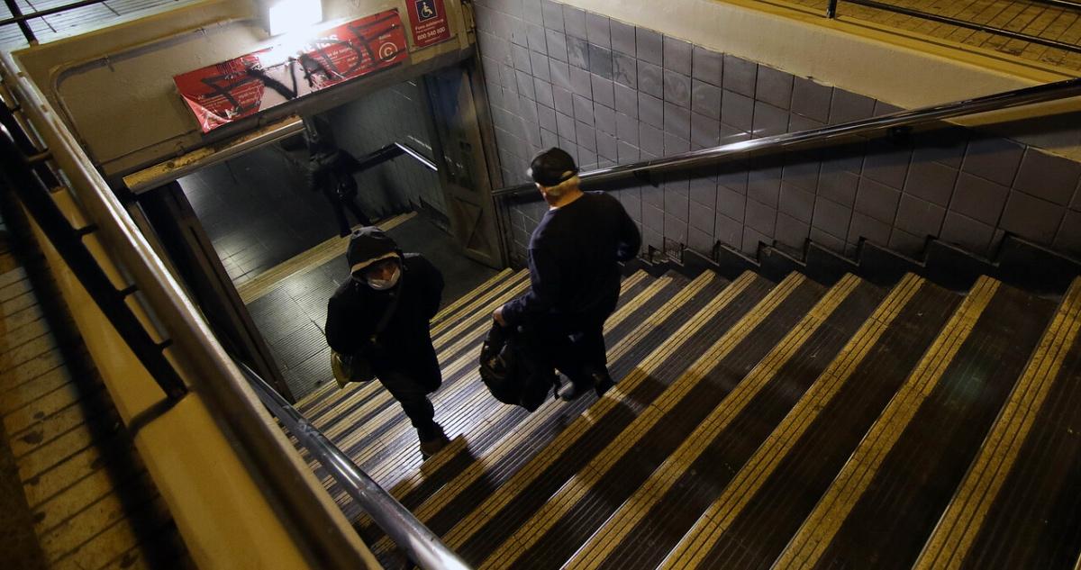 Metro toque de queda