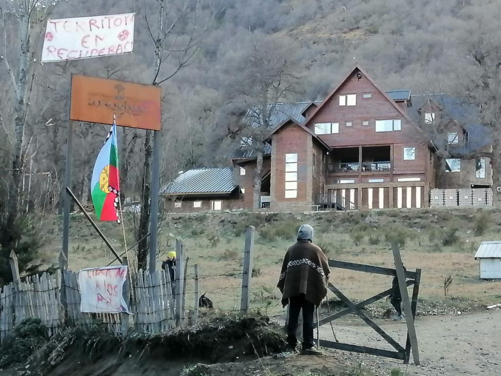Ocupación ilegal de hotel cervecería Lonquimay por comunidades mapuches